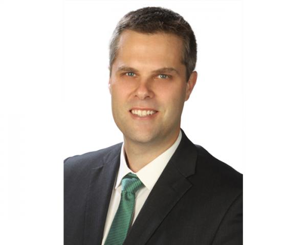 Portrait of orthopaedic surgeon doctor Andrew Morris